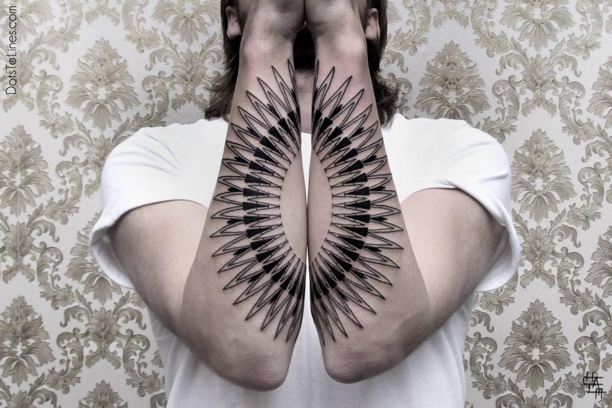 Хаим Махлев (Chaim Machlev) геометрическая татуировка