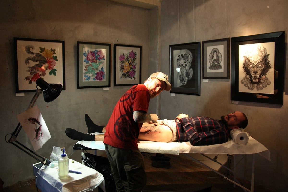 выставка ассоциации профессиональных татуировщиков