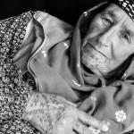 Последние татуированные бабушки Кобани