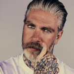 Службе безопасности московского метро запрещают татуировки и бороды