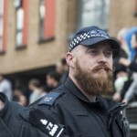 Теперь полицейские Франции могут делать татуировки и носить бороду