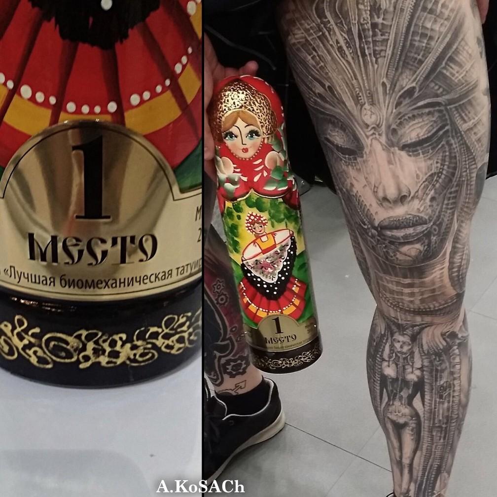 Александр Косач: лучшая татуировка в стиле биомеханика