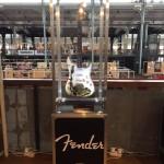 Гитары Fender в стиле «трэш-полька»