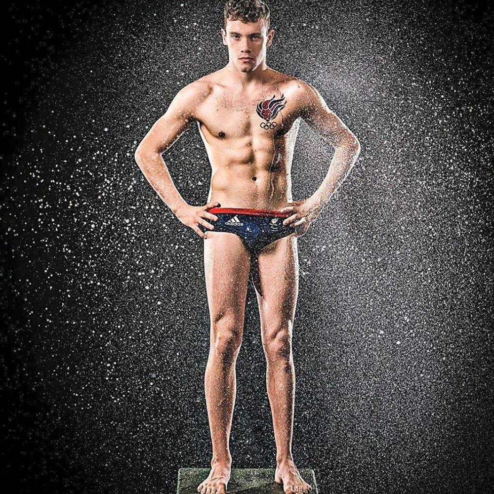 Паралимпийца отстранили от чемпионата Европы из-за татуировки