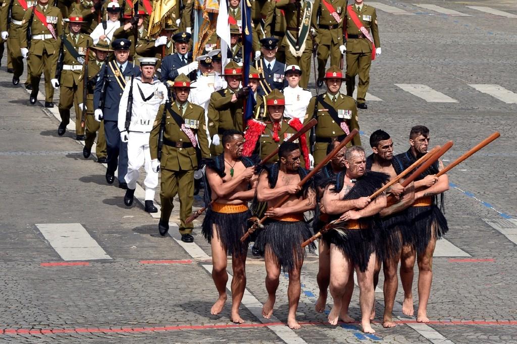 войны маори на военном параде