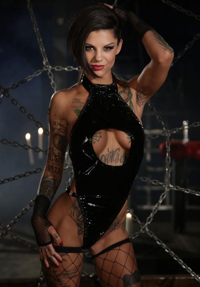 Бонни Роттен: порно-звезда с татуировками (БДСМ)