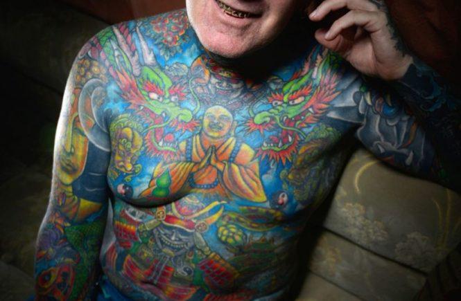 Тони Бартон (Tony Barton) - самый татуированный человек Британии