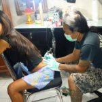 Мастер татуировки избран в общественный совет на Бали