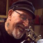 Практикующий татуировщик Док Прайс отпраздновал свои 85 лет