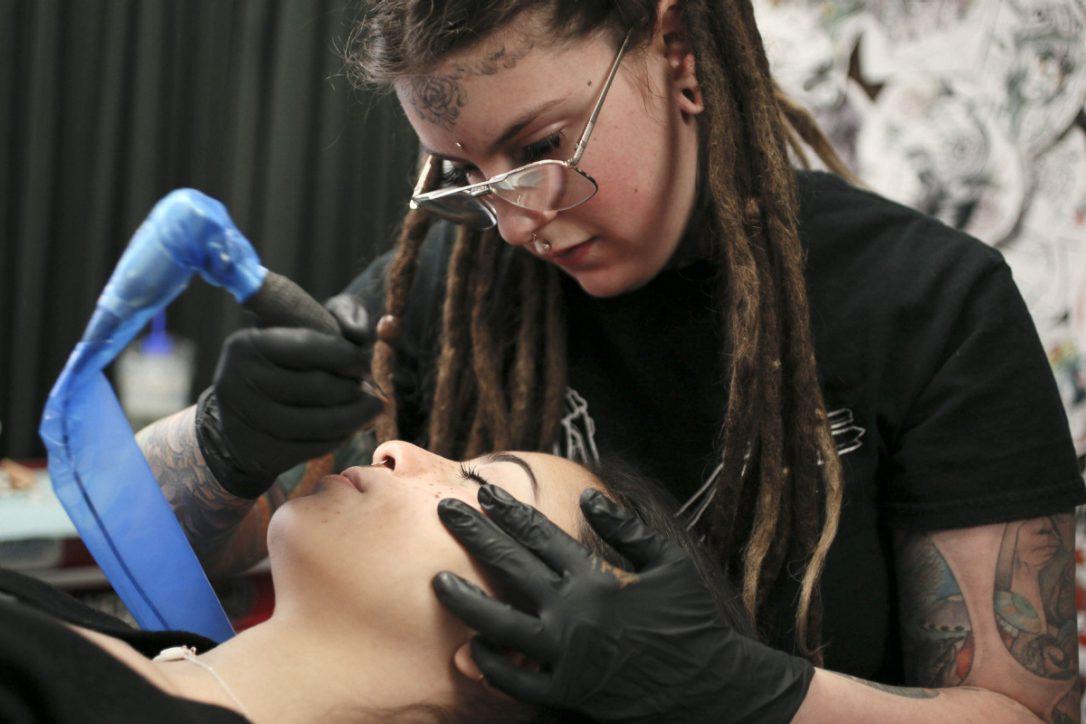 Веснушки, фреклинг, временные татуировки, тату-веснушки, freckling