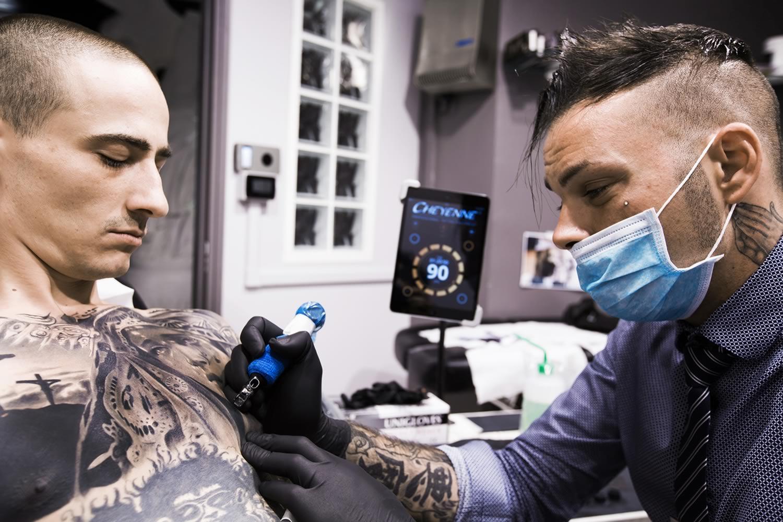 Сильвиано Фиато, Silvano Fiato, World Famous Tattoo Ink, монохромная татуировка