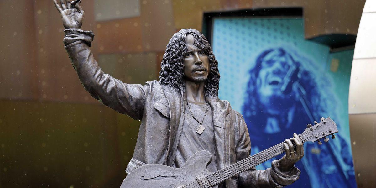 Nick Marra, Ник Марра, Сиэтл, Крис Корнелл, Chris Cornell, Soundgarden, статуя, памятник
