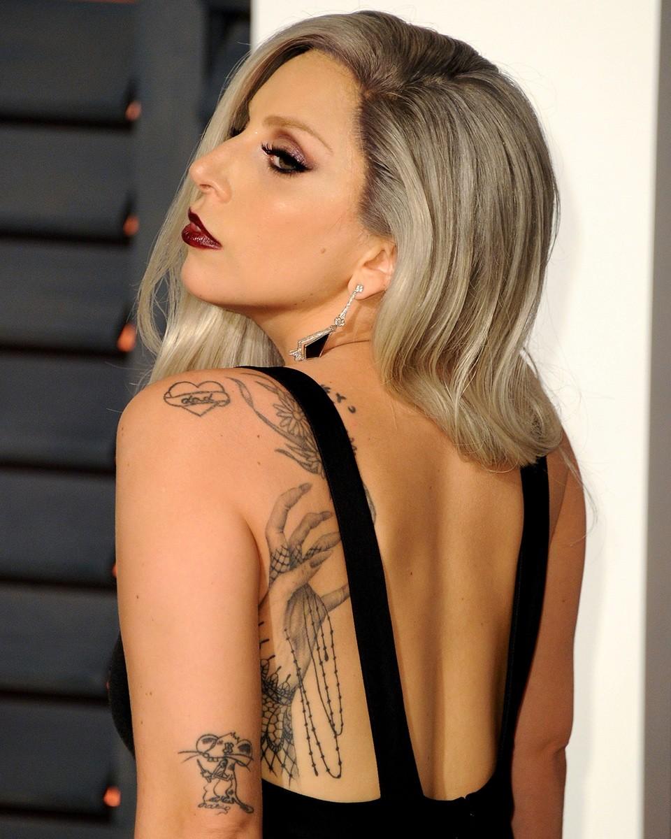 татуировки леди гаги, леди гага, lady gaga, татуировки звезд, татуировки знаменитостей, татуировки в пьяном виде