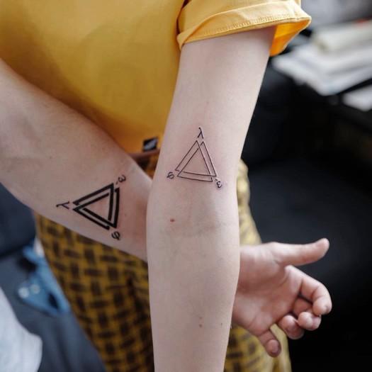 татуировки софи тернер, игра престолов, стая выживает, татуировки со значением, санса старк