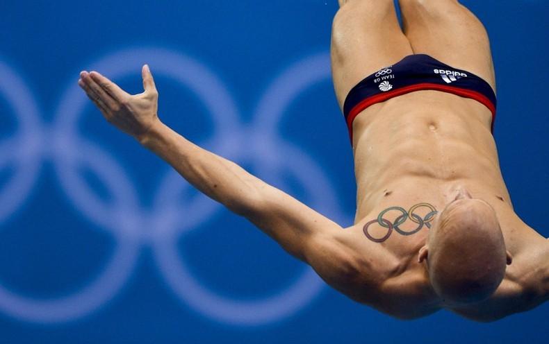 Robinson Baker, прыжки в воду, татуировка