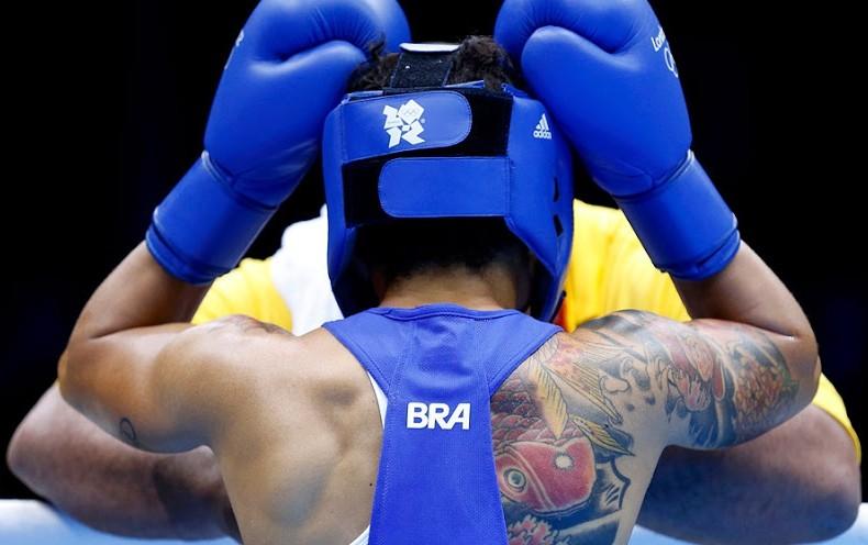 Adriana Araujo, женский бокс, татуировка