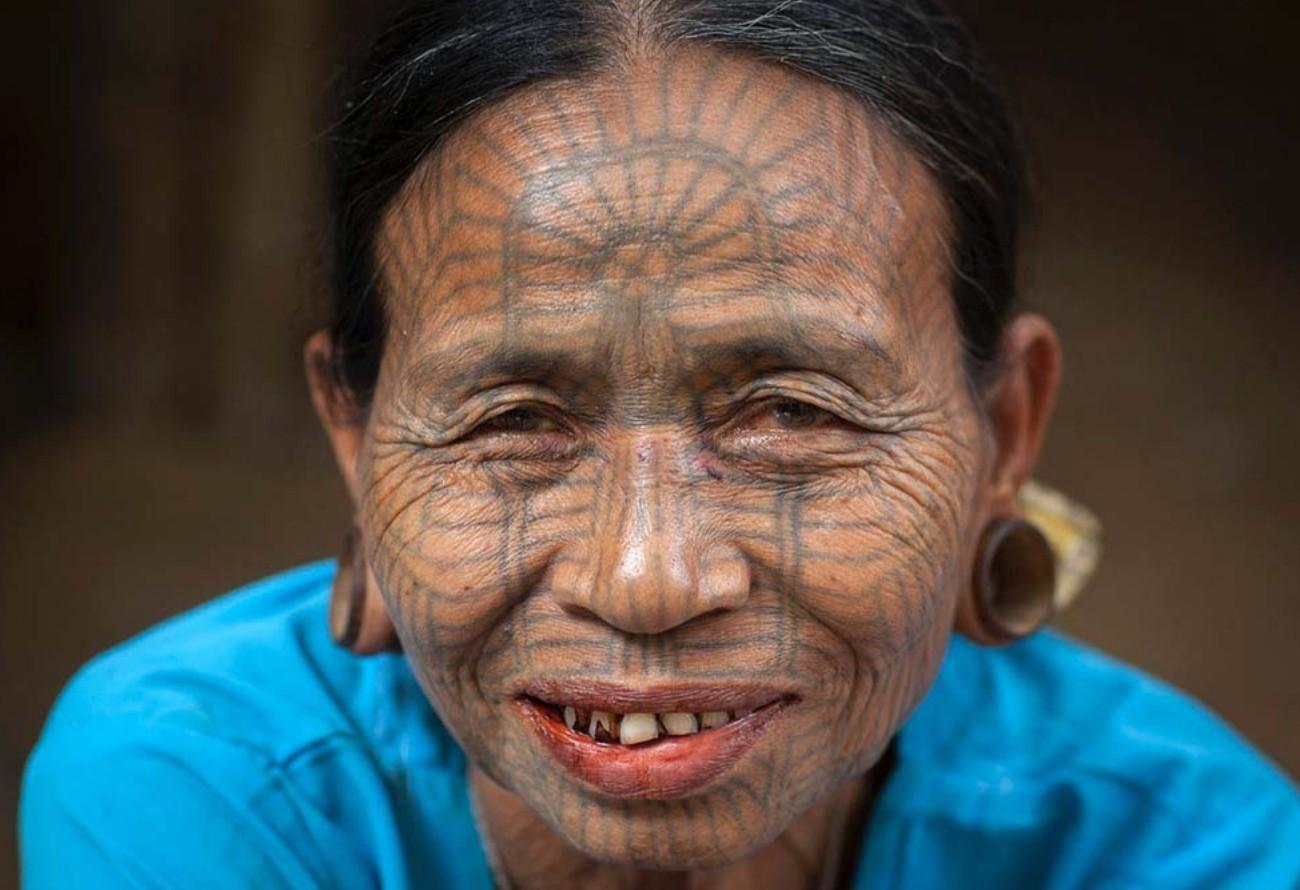 Eric Lafforgue, татуированные лица женщин Мьянма, женская татуировка, татуировка на лице