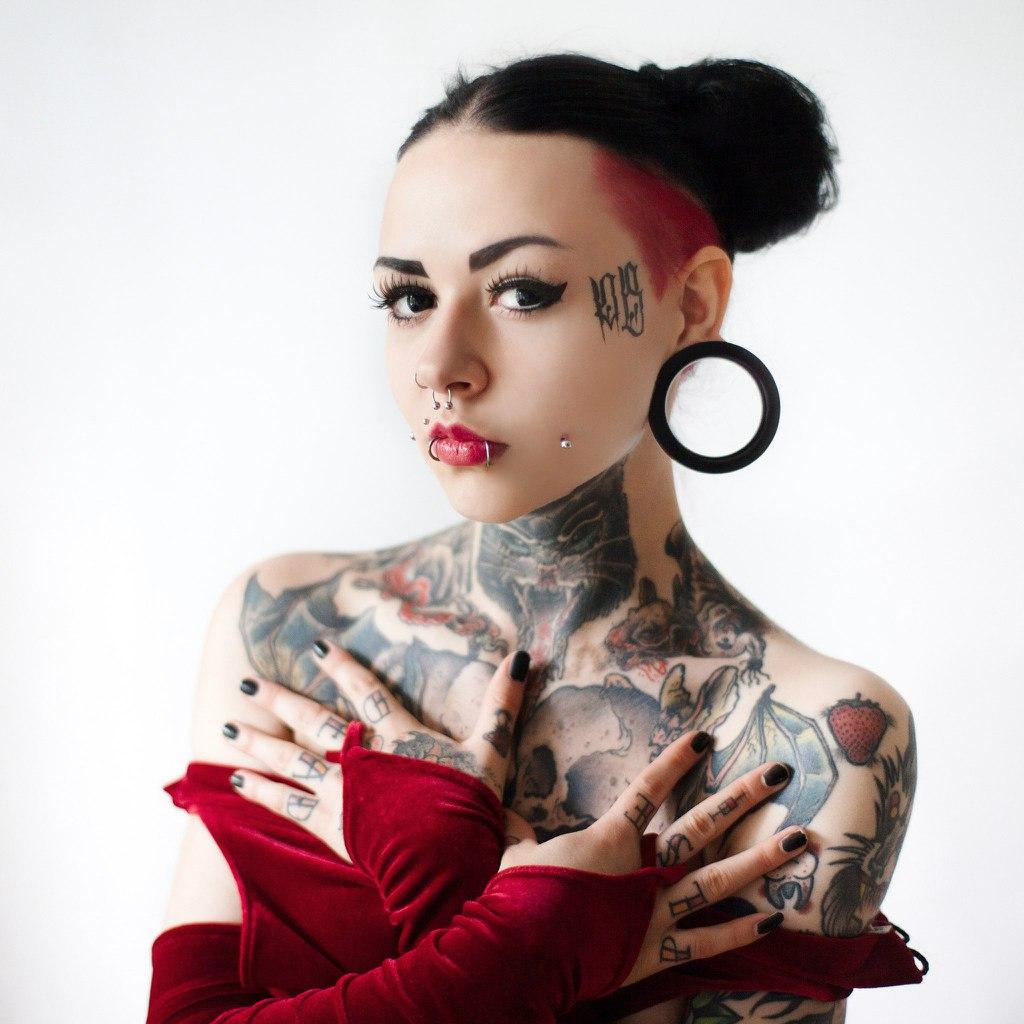 тату-модель, фотомодель - Анна Бэтмен (Санкт-Петербург)