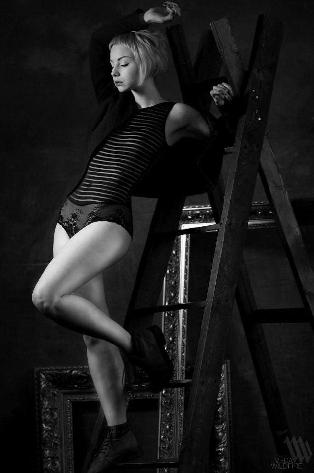 Наталья Karanlit - белые татуировки