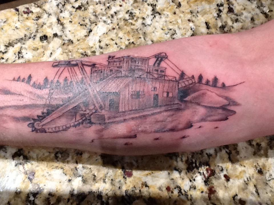 Тони Битс (Tony Beets) - татуировка драги