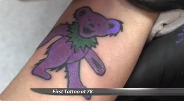 татуировка: медведь Grateful Dead