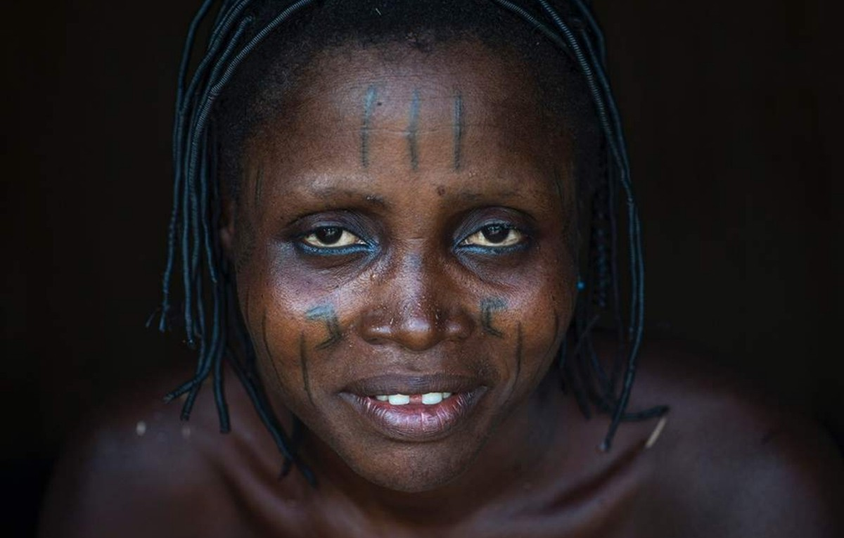 татуированные женщины Бенина