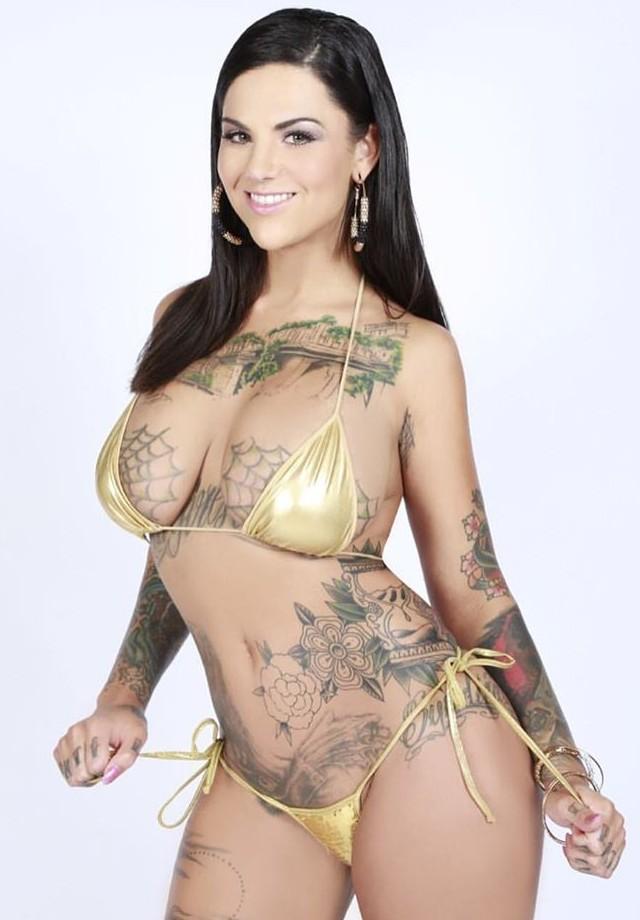 Бонни Роттен: порно-звезда с татуировками