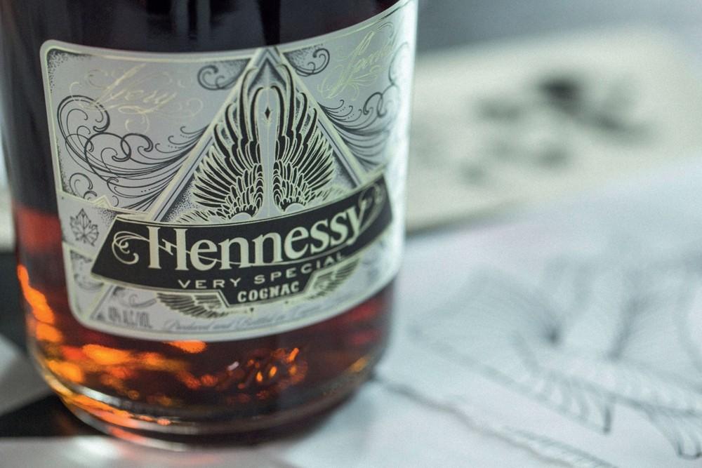 Hennessy, Scott Campbell, Скотт Кэмпбелл, коньяк, дизайн