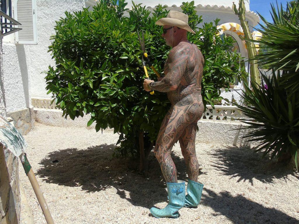 рэй хоутон, татуировки в старости, бодибилдер, полинезия, нудист