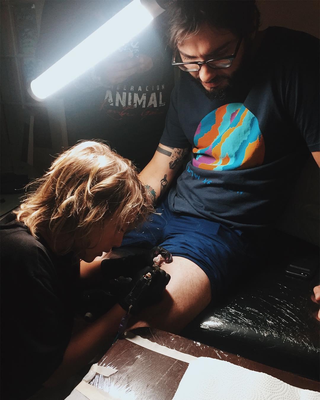 Эзра Дормон, Ezrah Dormon, подросток, татуировщик, Акула, Shark