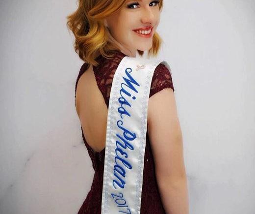 Фелан, Калифорния, Сьерра Лейде, королева красоты, отказ от титула