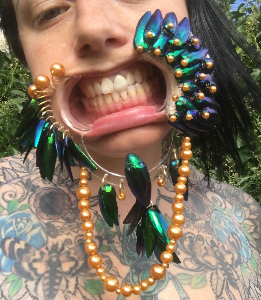 Хэллоуин, Бакенеко, фетиш-художница, дантист, зубы
