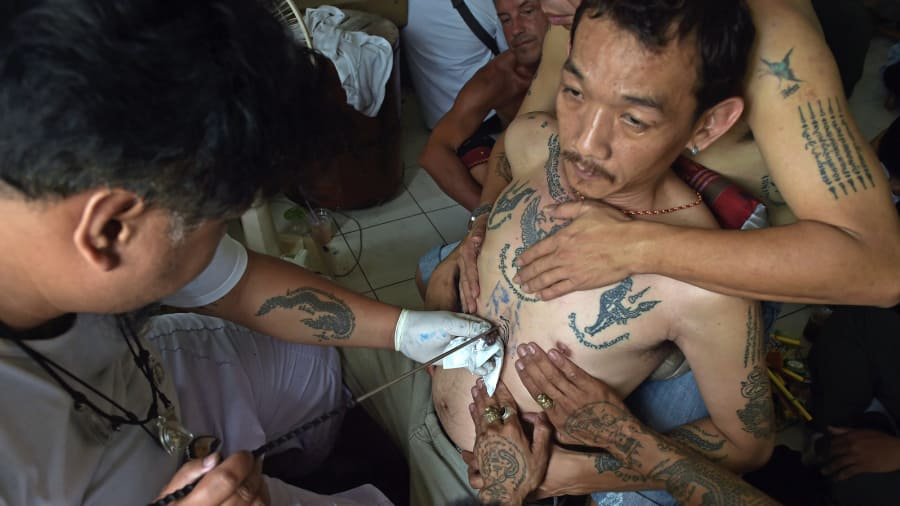 Сак Янт, Янтра, тайская татуировка, традиционные татуировки, мантры, буддистские письмена, магические татуировки