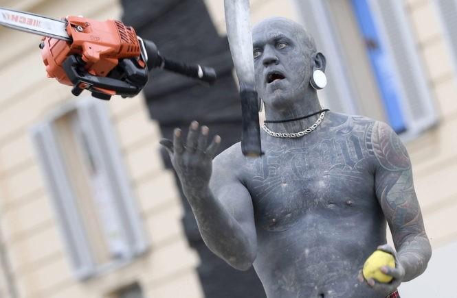 Лаки Даймонд Рич, Новая Зеландия, самый татуированный мужчина, мировой рекорд, Lucky Diamond Rich, цирковой артист, глотатель огня, жонглер