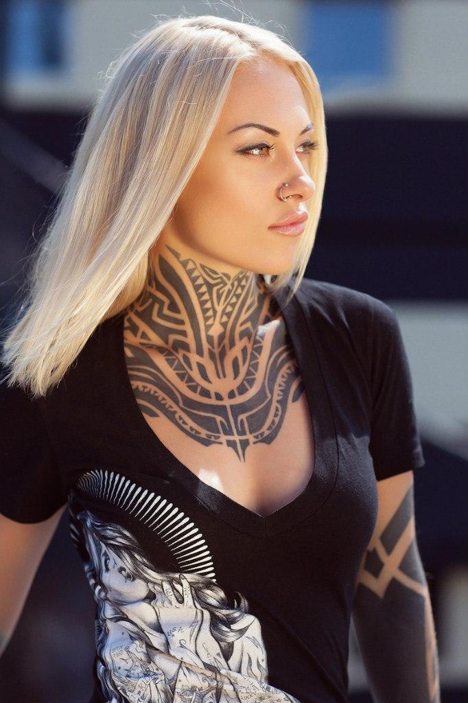 тату-модель, модельный бизнес, тэя салат, татуировки на шее, художественная фотография, фото-модель
