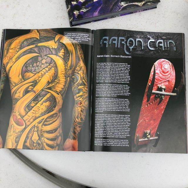 Гай Айтчисон, The Biomech Encyclopedia, энциклопедия биомеханики, татуировка в стиле биомеханика, органика, татуировка в стиле органика, Guy Aitchison, книжная новинка