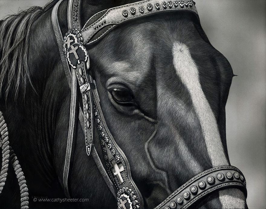 Кэти Шитерм, гиперреализм, скретчборд, иглы для татуировки, техника процарапывания, реалистичные изображения животных, лошади, черная тушь