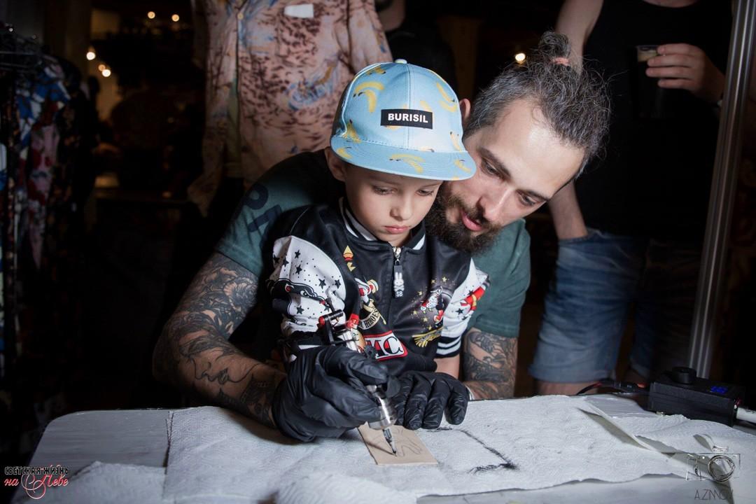 фестиваль татуировки, тату-конвенция, съезд татуировщиков, тату-событие, сделать татуировку, тату-выставка, дети и татуировка, детская комната