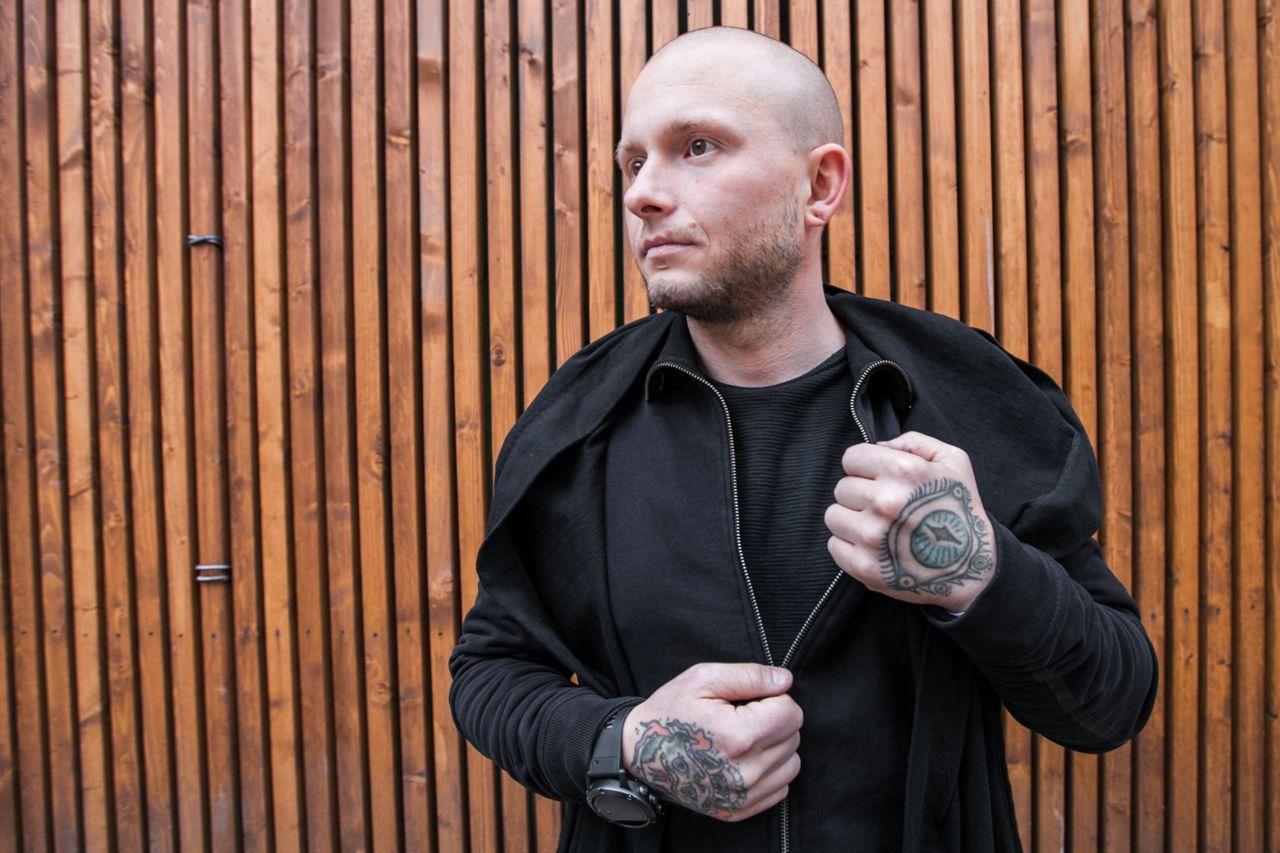 Влад Блад (Влад Барихин) - основатель бренда профессионального тату-оборудования Vlad Blad Irons