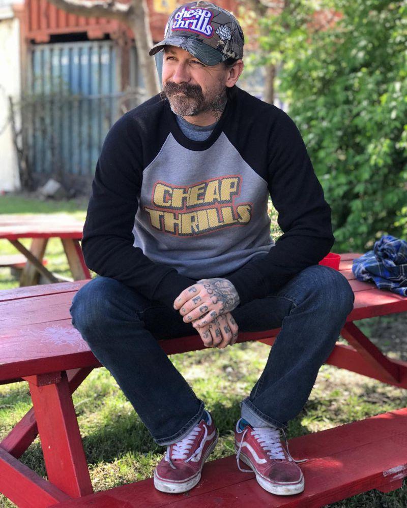 Оливер Пек (Oliver Peck) - ведущий Ink Master
