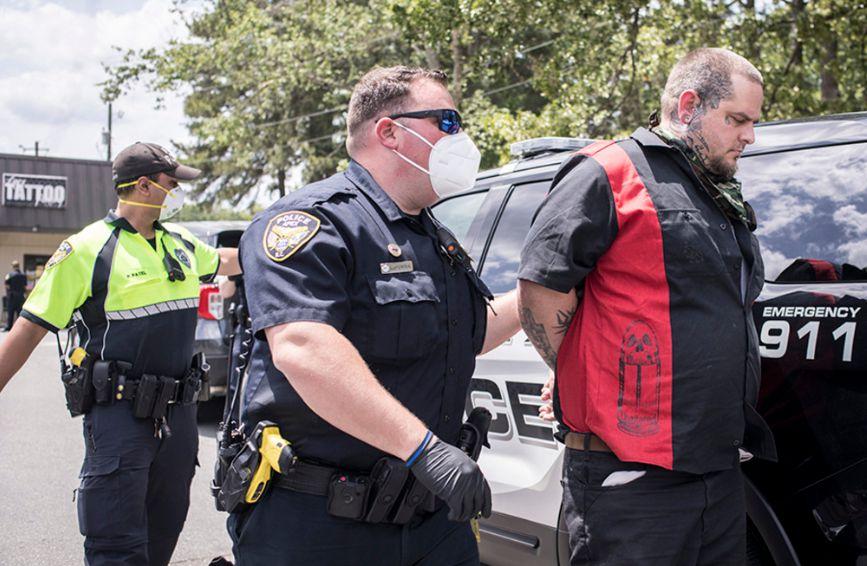 татуировщик арестованный за нарушение карантина