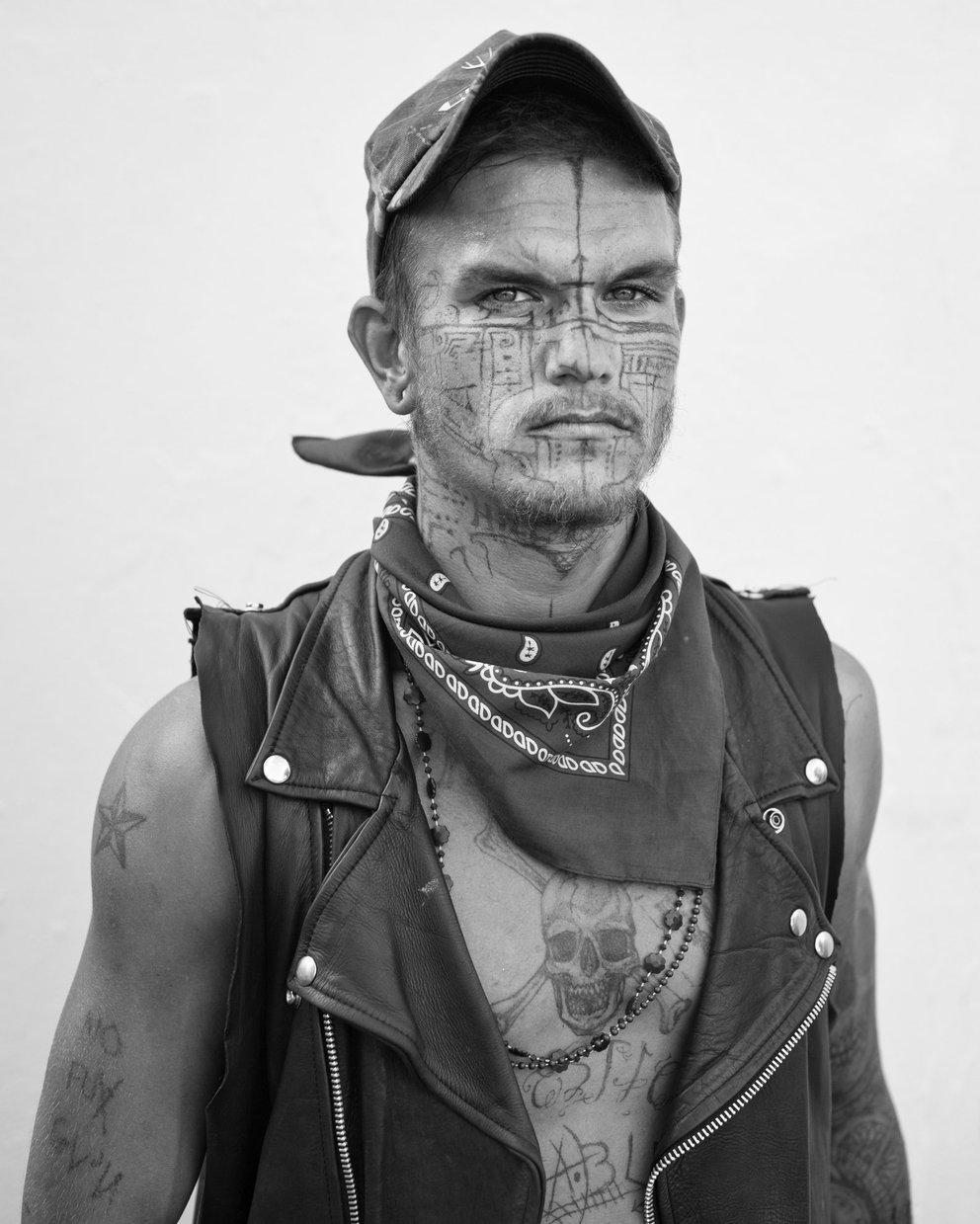 Майкл Джозеф: фотопроект Потерянные и Найденные