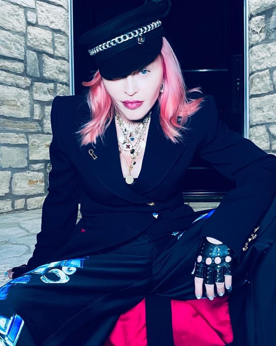 Мадонна Луиза Чиконне - Мадонна в свои 62 года