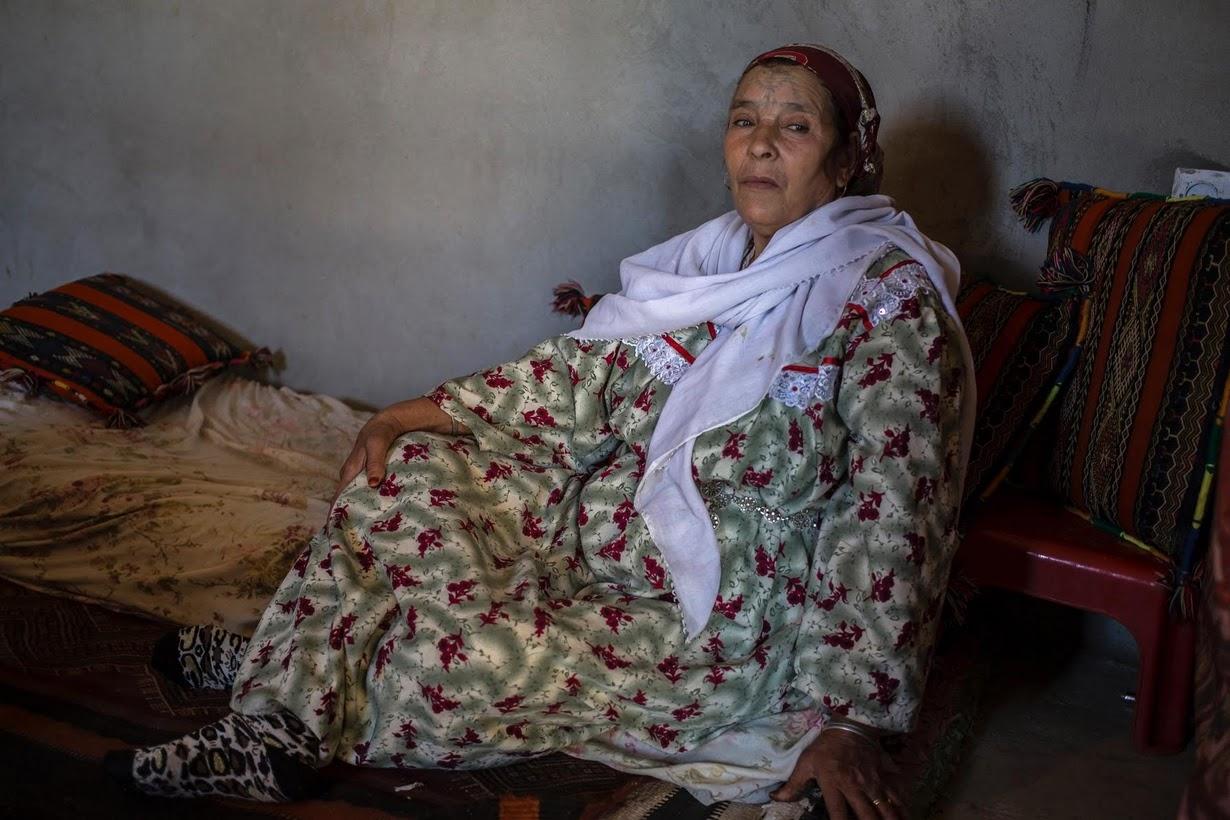 алжирские татуированные бабушки